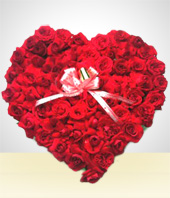 Occasions - Touch of Love: 24 Roses Heart