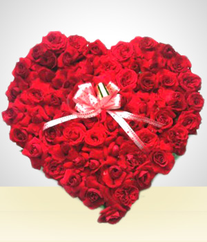 Gifts for Men - Touch of Love: 24 Roses Heart