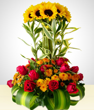 Send Flowers to :  Golden Sunflowers Arrangement