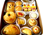 Catering Service - Celebration Assorted Pastries With Drink - 6 People